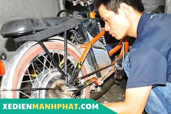 sửa xe đạp điện tại nhà quận Long Biên